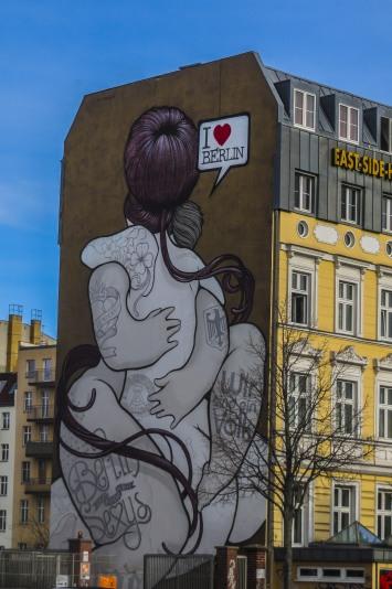murales love berlino-quelliconlavaligia