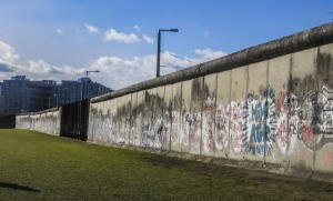 muro di berlino-quelliconlavaligia
