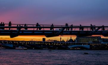 millenium bridge sunset