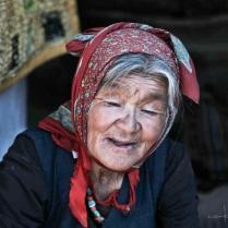 tibet day 1 queli con la valigia 5