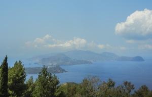 veduta isola di lipari da isola di vulcano-quelliconlavaligia