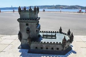 Miniatura della torre di Belem-lisbona-quelliconlavaligia