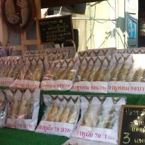 Amphawa Floating market Quelli con la Valigia copia 10