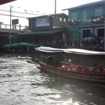 Floating Market Quelli con la Valigia copia 7