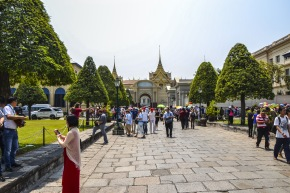 Wat Phraw Kaew Quelli con la Valigia  16.JPG