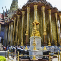 Wat Phraw Kaew Quelli con la Valigia 26