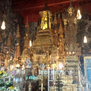 Wat Phraw Kaew Quelli con la Valigia 9
